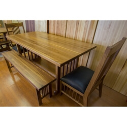 Nottingham Walnut Dining Set